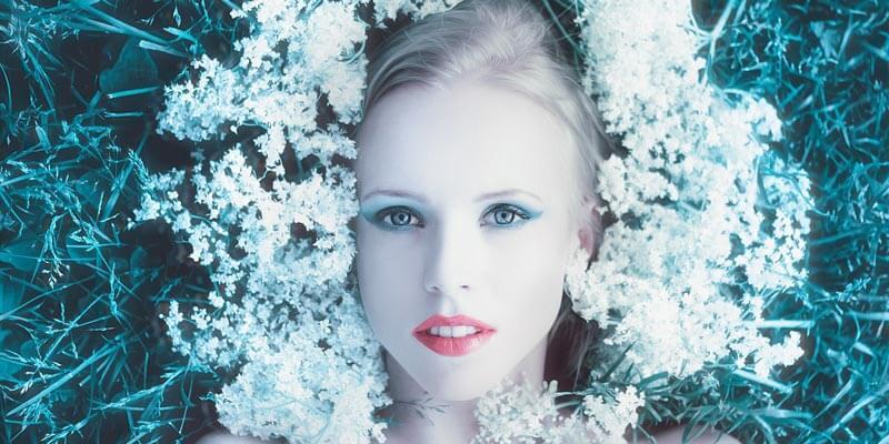 maquillaje ecológico con flores